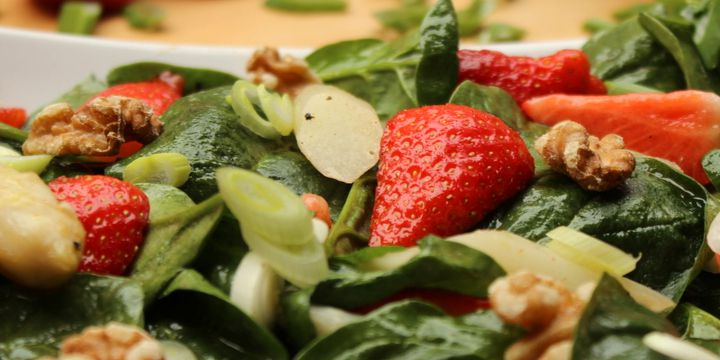 Salat mit Spargel und mehr