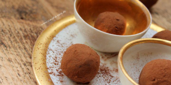 Schokoladen-Avocado-Trüffel