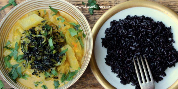 Veganes Kohlrabi-Curry mit schwarzem Reis