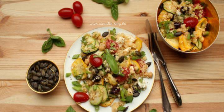 Mediterraner Hirse-Salat mit Zucchini und Feta