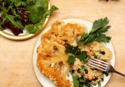 Blumenkohl-Schnitzel mit Hirse und knackigem Salat