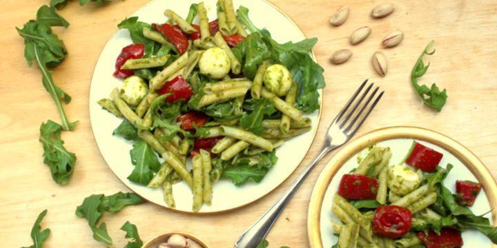 Reisnudel-Salat mit Rucola-Pesto