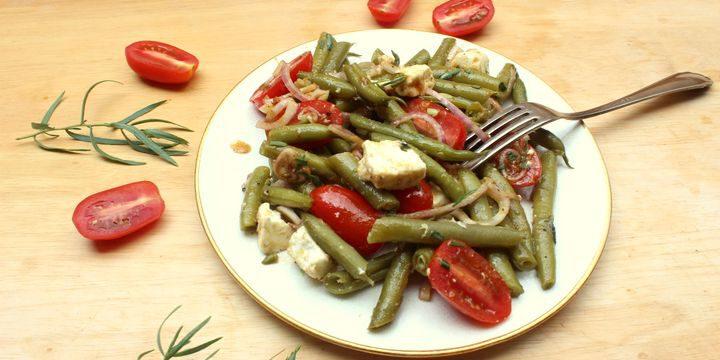 Grüne Bohnen Salat mit Tomaten und Feta